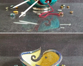 ceramic yarn bowl, knitting yarn bowl, gift for knitters, raku yarn bowl, knitting bowl, yarn holder, pottery knit bowl, crochet bowl custom