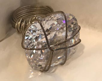 Chunky Wire and Costume Diamond Ring Size 5