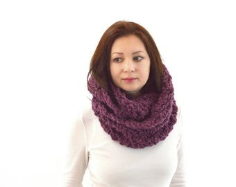 Knitted Crochet Men Woman Chunky Infinity Scarf | The Dublin