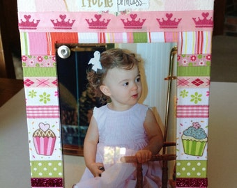 """BABY PRINCESS or PRINCE Photo Frame.  Little Princess or Little Prince Photo Frame. Holds a 4 x 6"""" photo"""