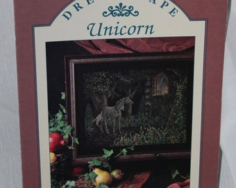 "Teresa Wentzler's ""Dreamscape Unicorn"" Leaflet OOP"