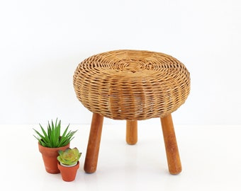 Vintage Tony Paul Style Wicker and Wood Tripod Stool / Mid Century Modern Plant Stand / Small Boho Plant Stand