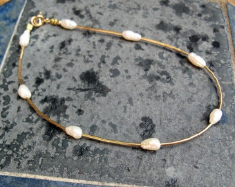 Pearl Anklet -Wedding Ankle Bracelet - Freshwater Pearls 14kt Gold Filled Heishi Ankle Bracelet - Bridal Anklet - Contemporary Anklet
