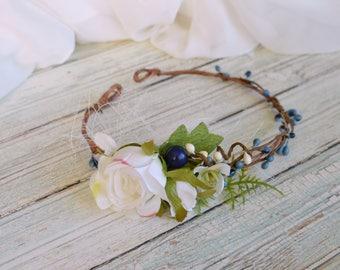 Blue white flower crown, Flower girl crown, Wedding crown child, Flower hair wreath, Photo prop, Rose headband, Woodland crown, Berry crown