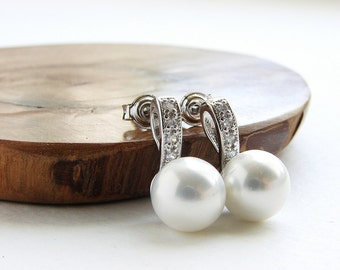 Bridal earrings, wedding jewelry, bridal jewelry, zirconia stone diamond like pearl studs, wedding pearl earrings, Bridal accessories