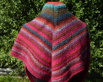 Triangle shawl. Triangle scarf. Wool shawl. Knitted shawl. Multi colour shawl. Multi colour scarf. Striped shawl. Winter shawl. Handknit.