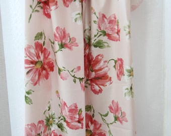 """Big Flowers Cotton Fabric - Light Pink - 44"""" Wide - By the Yard 50817"""