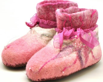 Handmade wool felted pink flower girl slippers-booties
