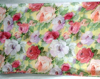 HARVE BERNARD Vintage Polyester Scarf Wrap Roses Floral Pattern - Oblong Made in Italy