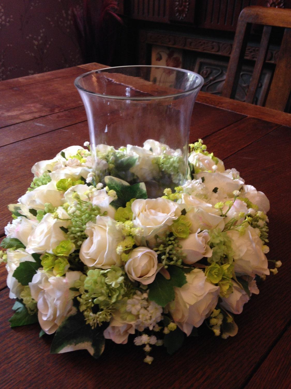 fleurs artificielles d coration de table de roses blanches. Black Bedroom Furniture Sets. Home Design Ideas