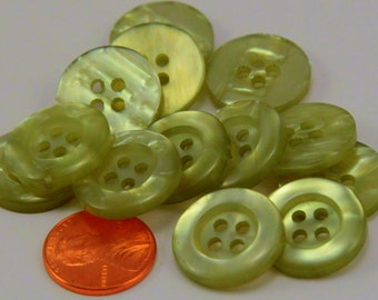 """12 Pearlized Pale Green Sew-through Plastic Buttons 3/4"""" 19MM # 6384"""