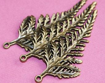 4 pcs of Antique Brass leaf pendant 62x28mm