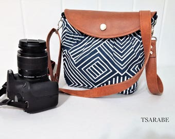 Cute camera bag with leather strap / Padded crossbody camera bag / Made by hands in USA