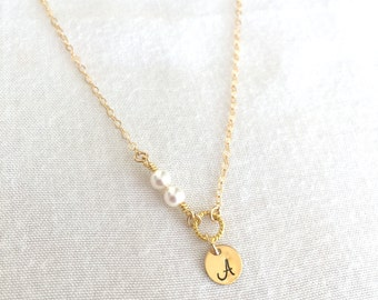 Personalized Initial Pearl Necklace, Bridesmaid Necklace, Sterling Silver Disc, Gold Filled Pearl, Custom Flower Girl, Dainty Necklace