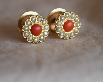 Amazing, radiantly spring-like and luxurious vintage 20K yellow gold Coral and Pearl floral cluster studs