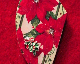 Altered Art Jewelry -Christmas Flowers- Art by ruby