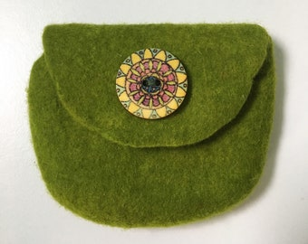 Small wet felted green coin purse /pouch