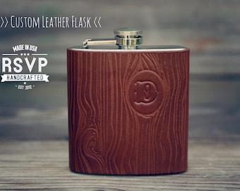 Custom Woodgrain Leather Flask, Wood pattern, Handmade personalized gift for your boyfriend, Groomsman, husband, best man. Pick Initial
