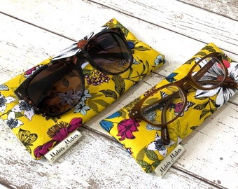Floral Glasses Sleeve, 2 sizes, Bright Sunglasses Case, Soft Specs Pouch, Handbag Accessory, Gift for Her, Padded Reading Glasses Holder