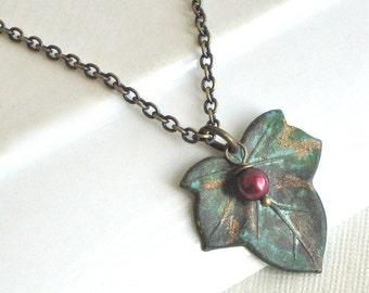 Efeu Blatt Halskette - Grünspan Patina, Perle, Blatt Schmuck