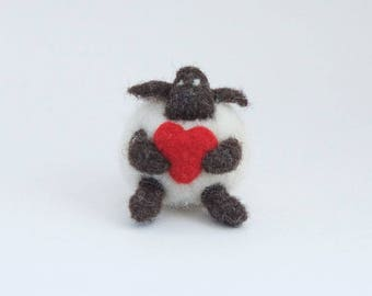 Love sheep / felt sheep / sheep ornament / felted lamb / valentines gift