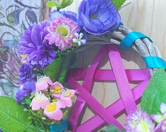 Wicca pentacle Garland with flowers