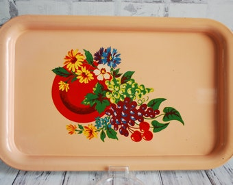 """Vintage Pink Floral Metal Child's or Decorative Tray, Very Pretty, 10.5"""" X 7"""", Breakfast in Bed Tray, Lunch Tray, Pink Red Tray"""