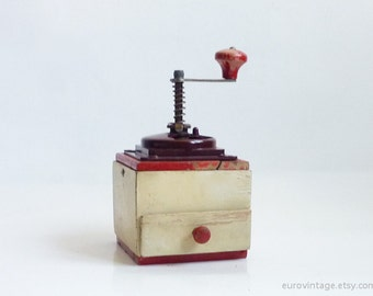 Vintage Red & White Wooden Coffee Grinder / Vintage Coffee Mill / Red Coffee Mill