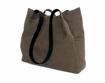 grey handbag, grey tote bag, black leather straps bag, every day bag, grey shoulder bag, grey faux leather handbag, large bag, canvas bag
