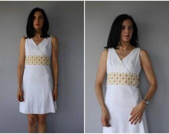 Vintage 1960s Dress | 60s Dress | 60s Day Dress |  1960s Mod Dress | 60s Shift Dress | 1960s Wedding Dress | 1960s White Dress - (small)