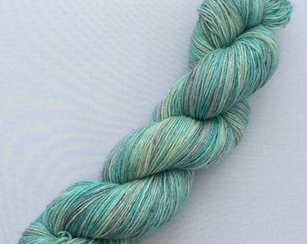 Tropical Waters - hand-dyed BFL 3.5 oz 437 yds