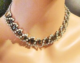 Vintage Rhinestone Necklace // 1950s SPARKLING Emerald Green Rhinestone Choker Necklace // Green Rhinestone Necklace // Choker - N-211