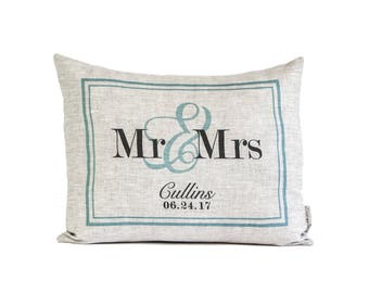 Customized Wedding Gift, Personalized Mr & Mrs Pillow, 4th Anniversary, Engagement Gift, Gift for Her, Linen or Cotton Fabric Choices
