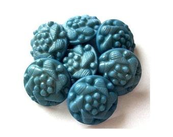 6 Vintage flowers buttons blue plastic 15mm shank buttons