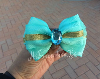 Jasmin Inspired Hairbow
