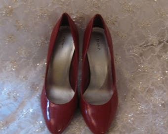 Fioni Red Patent Leather Pumps SIZE 7