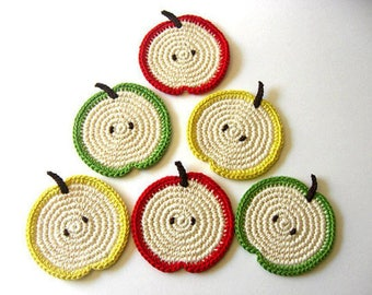 Hand made crochet woolen glassware set
