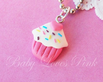Sweet Heart Sprinkled Cupcake Necklace  (D1F1)