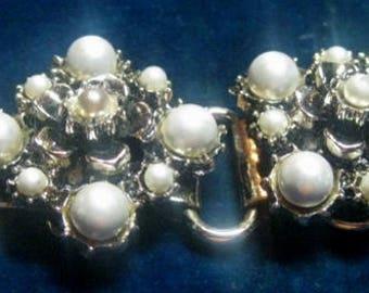 Vintage Faux Pearl Costume Jewelry Bracelet