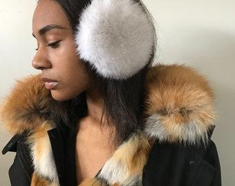 Fur headphones made of voile arctic fox fur