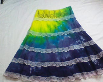 Unique tie dye youth skirt-Size 14/16