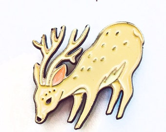 Enamel pin DEER PIN - deer enamel pin, deer brooch, reindeer christmas enamel pin, pins and patches, patronus, lapel pin, woodland jewelry