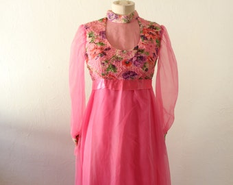 Vintage 1960s Maxi Dress. Pink Smocked Prom Gown/Hostess Dress