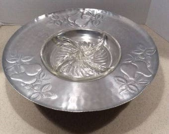 Vintage Everlast Hammered Aluminum Lazy Susan Pears & Berries orig glass insert