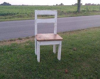 Rustic Finished Farmhouse Dining Barnwood Chair, Stocky Style