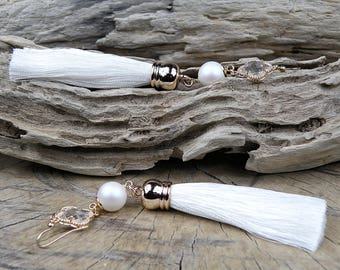 White tassel earrings, Swarovski pearl earrings, Crystal earrings, 14K gold filled, beaded earrings, Tassel Jewelry, gift for her