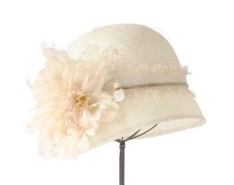 Bridal Cloche Hat  Straw Hat Women's Straw Cloche Hat Spring Accessories Flapper Hat Great Gatsby Hat Ivory Cloche Hat Summer Hat Boho Chic