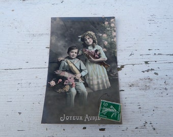 Antique 1900/1910s postcard  French real photo recolored women  first of April