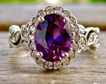 Purple Sapphire Engagement Ring in 18K White Gold with Diamonds and Flowers & Leafs on Vine Motif Size 5