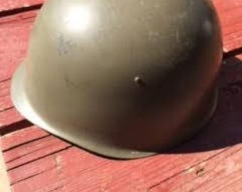 Army Helmet : Antique Military Army Helmet with Leather Inner Liner